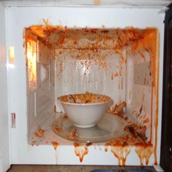 Tips Cara Menghindari Bahaya Oven Microwave Akibat Kesalahan Pemakaian